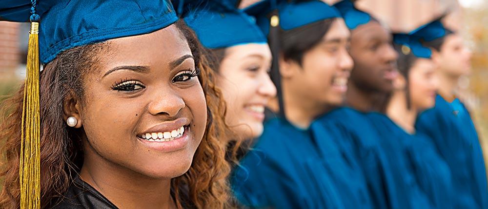 graduates-in-line-33583924